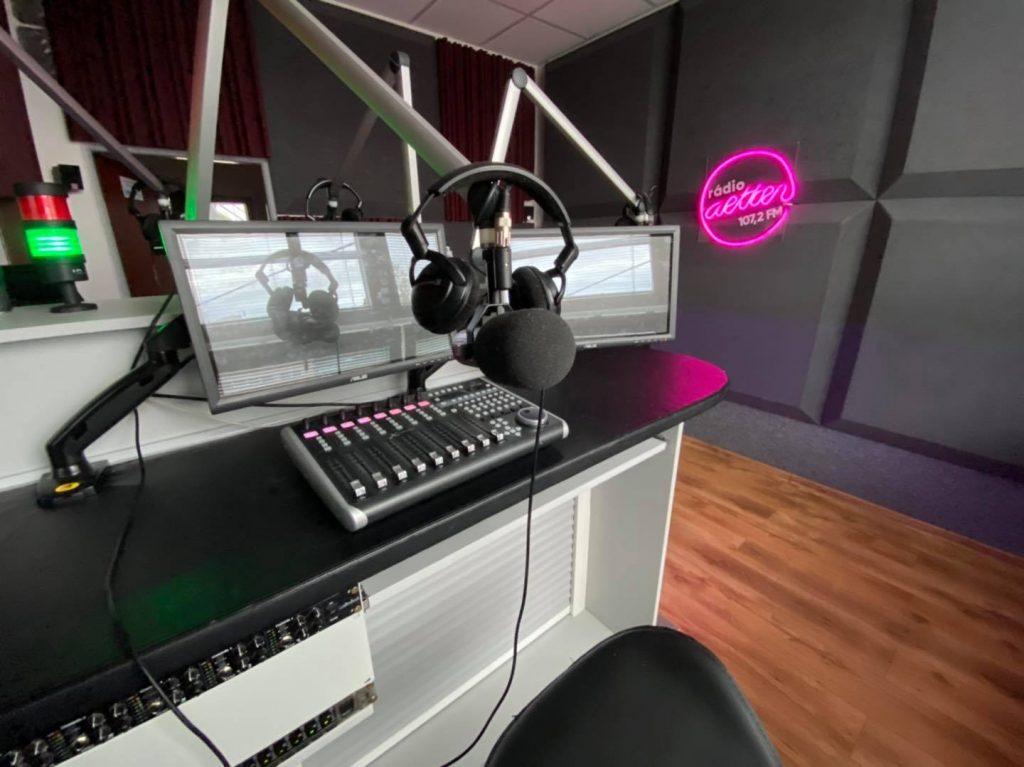 nové logo rádio Aetter