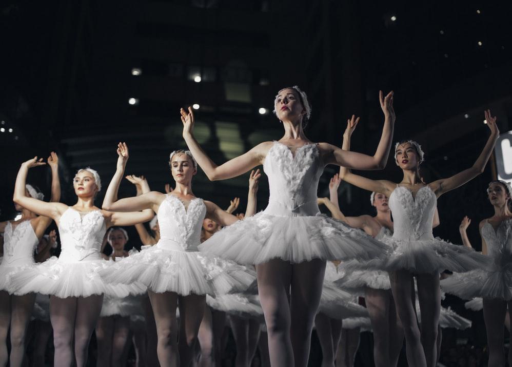 Balet nie je vždy len jemný a krásny. Zdroj: unsplash.com/Michael Afonso