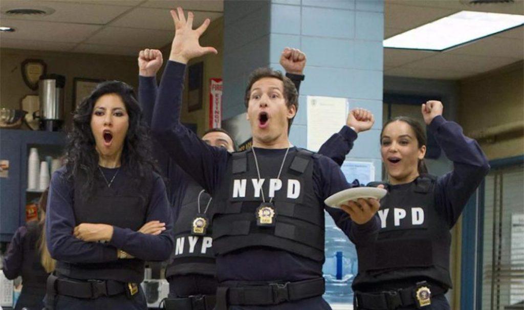 Vtipné seriály, ktoré zabavia a vyčarujú úsmev. Zdroj: youtube.com